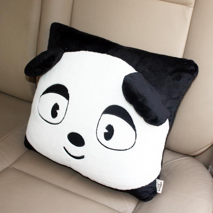 酷拉熊q迪斯黑白系列 汽车方形抱枕 车用家用抱枕 可爱卡通抱枕腰枕 c